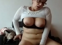 Horny Aunty thither sextoy web camera 2017.mp4